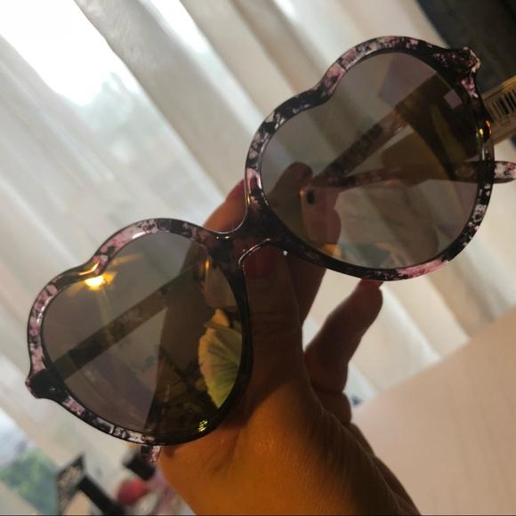 98003c8b657 Heart Shaped Mirrored Sunglasses. NWT. Zoe   Bella.  M 5b036a5c3a112efe43c106f1. M 5b036a5e3afbbd41f30f064a.  M 5b036a5f6bf5a6a12c04e961